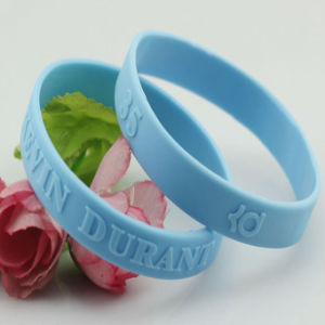 Eco-Friendly Embossed Silicone Rubber Wristband pictures & photos