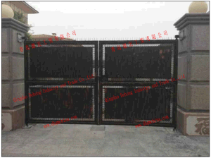 Black Powder Coated Simple Gates pictures & photos