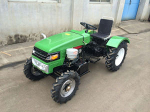 Four Wheel Drive Agriculture Cheap Farm Tractors for Sale pictures & photos