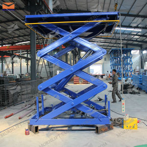 CE Approved Goods Hydraulic Scissor Lifts pictures & photos
