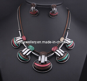 Shell Design Necklace Set/Fashion Jewelry Set (XJW13213) pictures & photos