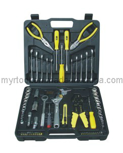 2014hot Sale-126PCS Professional Household Tool Kit pictures & photos