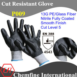 13G PE/Glass Fiber Knitted Glove with Nitrile Fully Coated/ En388: 4343 pictures & photos