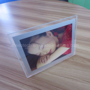 Table-Top Magnetic Open LED Acrylic Photos Frame pictures & photos