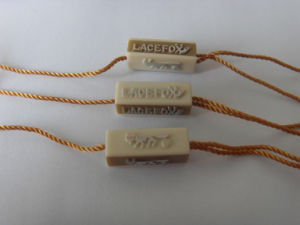 Seal Tag/Plastic Seal/Lacres PARA Roupa/ Lacre /Tag String /Hang Tag String /Plastic Seal Tag for Garments pictures & photos