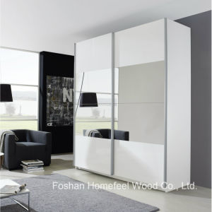 Wooden Bedroom Outer Sliding 2 Door Wardrobe Closet (WB27) pictures & photos