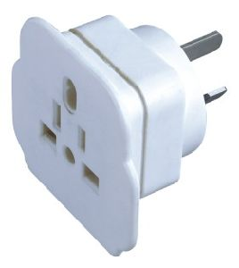 3 Pin Travel Plug and Socket pictures & photos