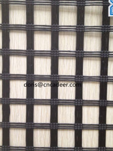 Manufacturer Polyester Coating Warp-Knitted PVC Geogrid pictures & photos