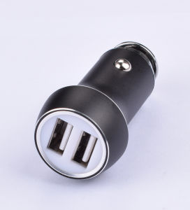 Manufacture 2.1A Dual USB Car Charger with Smart Sense IC for Samsung pictures & photos