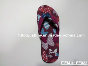 Women′s Butterfly Print Flip Flops pictures & photos