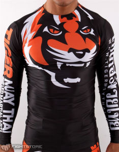 Anti-UV Super Stretch Custom Long Sleeves MMA Rash Guard Custom Logo pictures & photos