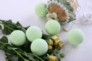 Natural Bath Salt Ball/Bath Fizzer/Bath Bomb pictures & photos
