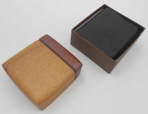 High Grade Glossy Wood Jewelry Package Box pictures & photos