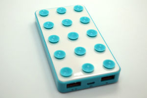 New design Manual for Power Bank 5600mAh Battery Charger with Sticker pictures & photos