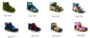 Kids Orthopedic Shoes with Hard Heel Counter for Health Wearing pictures & photos