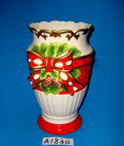 Hand-Painted Ceramic Vase for Christmas Decoration pictures & photos
