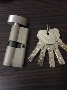 Zinc Alloy Door Handle Lock (A85-21) pictures & photos