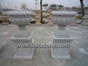 Popular Decorative Granite Vase Flower Planter Pots for Garden pictures & photos