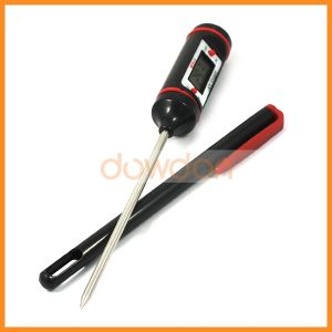 Pen Type Waterproof Instant Read Digital Meat Thermometer with a Stainless Steel Sensor Probe pictures & photos