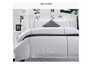 100% Cotton/Jacquard/Satin Stripe Hotel/Home Bedding Set pictures & photos