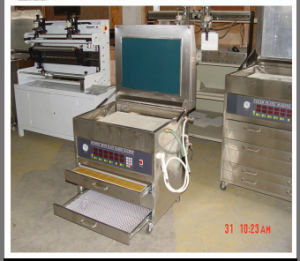Flexible Flexo Printing Plate Exposure Making Machine (YG) pictures & photos