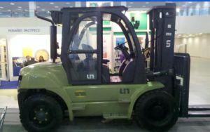 Un 7.0t Diesel Forklift with Original Cummins Engine with Duplex 5.0m Mast pictures & photos