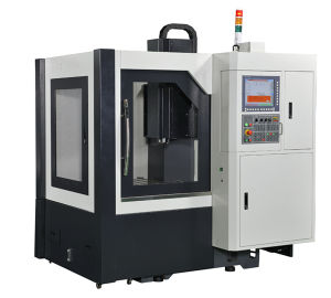 Taiwan-Made Cem650 Milling Machine CNC pictures & photos