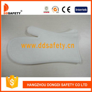 Ddsafety 2017 White Silicone BBQ Gloves Kitchen Daily Gloves pictures & photos