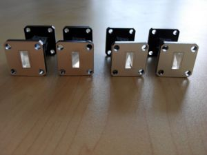 Silver Plated Waveguide Filter Frequency: 17.6~26.7GHz for Satellite pictures & photos