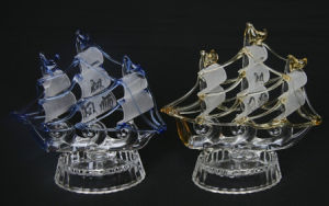Crystal Boat Model Glass Sailing Boat Figurine Crystal Sailing pictures & photos