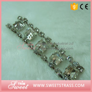 Glass Chain Silver Claw Cup Chain Crystal on Sandal pictures & photos