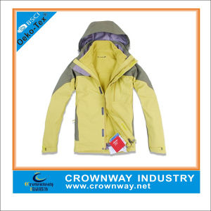 Men′s Outdoor Waterproof Winter Hiking Jacket with Taped Seam pictures & photos