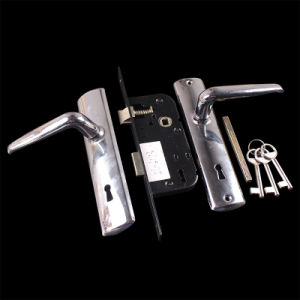 6173 Chrome Plated Aluninum Handle Iron Plate Door Lock pictures & photos
