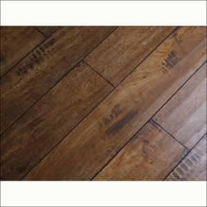 Classical Style Rustic Handscraped HDF Laminate Flooring (V-groove) pictures & photos