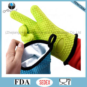 Warm Kitchen Glove with Silicone Rubber Material Sg29
