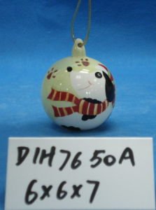 Hand-Painted Ceramic Snowman Bauble for Christmas Decoration pictures & photos