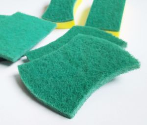 Best Sale Household Green Colorful Kitchen Sponge Cleaner pictures & photos