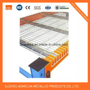 Super Long Wire Mesh Decking for Pallet Rack pictures & photos