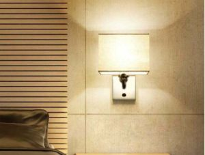 1-Light Modern Chrome Steel Wall Sconces Lamps Light with Fabric Shade for Hotel Bedroom/Bedside pictures & photos