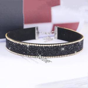 Fashion Rhinestone Crystal Choker Necklace Jewelry pictures & photos