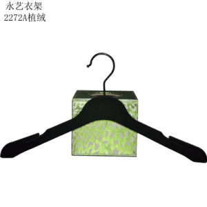 Brand Logo Printed Black Plastic Velvet Hanger pictures & photos