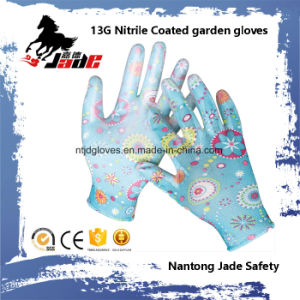 13G Nitrile Coated Garden Safety Glove pictures & photos