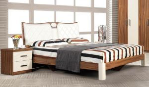 Classic Bedroom Suit Beech Wood Furniture Set pictures & photos