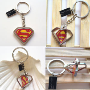 Marvel Metal Keychain Triangle Shape Rotating Superman Key Rings Key Chains