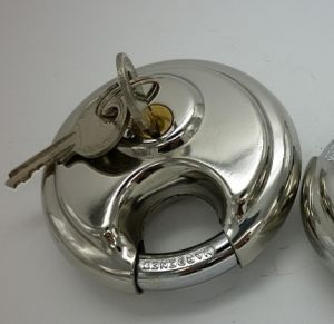 Stainless Steel Diseel Disc Padlock (SS3045) pictures & photos