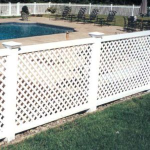 Top Quality PVC Lattice Fence pictures & photos