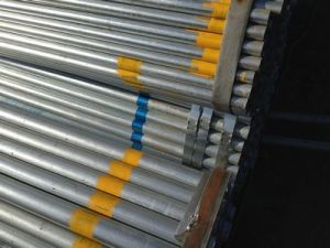 Galvanized Steel Round Pipe for Contruction Building with Plastic Cap pictures & photos