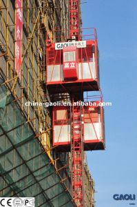 CE & GOST Approved Electric Powered Vertical Freight Building Hoist with Two Cages pictures & photos