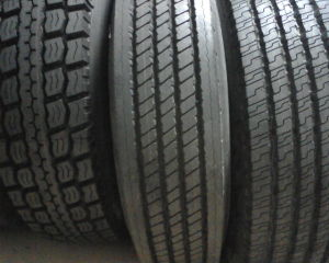 Truck Tire/Tyres pictures & photos