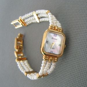 Genuine Pearl Watch, Freshwater Pearl Watch (WH108) pictures & photos